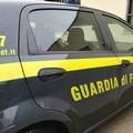 Vendevano alle Asl mascherine a prezzi maggiorati, sequestri da 1 milione in tre aziende di Bari