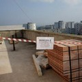Bari, costruivano una casa sul terrazzo di un edificio popolare, denunciati