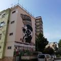 Carrassi, sulla palazzina Arca un murale per i trent'anni del gruppo ultras Re David Bari