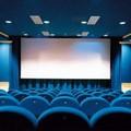 Col ritorno in zona gialla possono riaprire i cinema, ma a Bari pochi ripartono