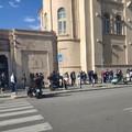 Bari, successo per l'open day Janssen. In centinaia in fila alla Fiera