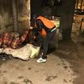 Arriva il freddo a Bari, In.Con.Tra. raccoglie coperte per i senzatetto