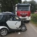 Incidente frontale in provincia di Bari, due feriti
