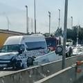 Bari, incidente sulla statale 16 a Carbonara, auto si ribalta