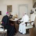 Vigilia di San Nicola a Bari, monsignor Satriano incontra Papa Francesco