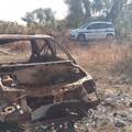 Rifiuti abbandonati a Bari, c'è una carcassa di auto a Lama Balice
