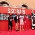 """SSC Bari, ecco le nuove maglie. Fra bianco e rosso spunta il  """"total black """""""