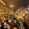 Oltre 3 mila sardine in piazza a Bari per un'Italia antifascista e inclusiva