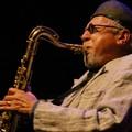Il grande sassofonista Charles Lloyd al Petruzzelli