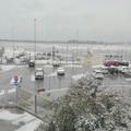 Allerta meteo, arriva la neve. Aeroporti di Puglia: «Possibili ritardi o voli cancellati»
