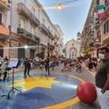 """Bari, a Madonnella l'esperimento delle  """"piazze verticali """". Decaro: «Spettacolo va dai cittadini»"""