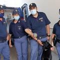 Un riccio di terra rimane incastrato fra i binari, lo salva il cane poliziotto Zatlan