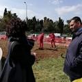 """Dipendenti della Bari Multiservizi  """"adottano """" la rotatoria del cimitero. Sarà pronta a Pasqua"""