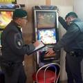 Gioco d'azzardo illegale, la Finanza setaccia la Puglia. Sequestrate 63 apparecchiature