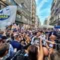 Salvini a Bari: «In Puglia uno dei mari più belli del mondo, restate in vacanza in Italia»