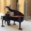 Via Sparano, Natale si inaugura con un concerto per piano solo sul sagrato di San Ferdinando