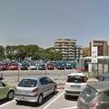 Park&Ride di Largo due giugno, ladri in azione rubano un'auto ad una famiglia