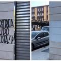 Bari, scritte neo-fasciste in via Eritrea. Un volontario ripulisce il muro