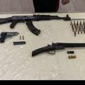 Putignano, in casa aveva pistole e Kalashnikov. Arrestato 45enne pregiudicato