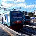 Problemi ad un passaggio a livello, treni in ritardo a Bari