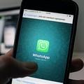 """Whatsapp down, utenti in  """"panico """" anche a Bari"""