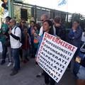 Protestano i precari della Asl per la proroga dei contratti