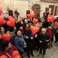 A Bari vecchia il gran ballo di San Valentino in largo Albicocca, la piazza degli innamorati