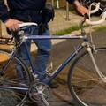 Bari, ricompra sul web la sua bici rubata ma all'appuntamento si presenta con la Polizia