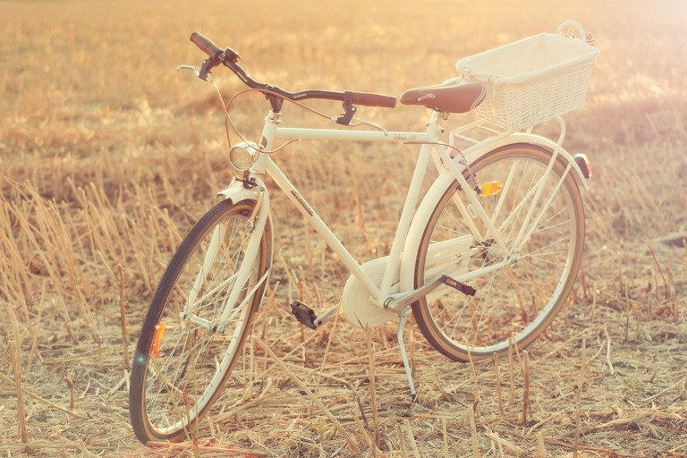 Una bici bianca
