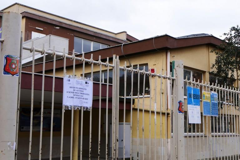 Bitritto scuola elementare a rischio crollo
