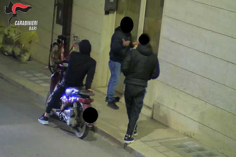 carbinieri noicattaro JPG