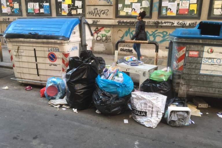 I rifiuti in via Garruba