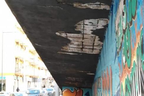 I ferri scoperti del ponte XX Settembre