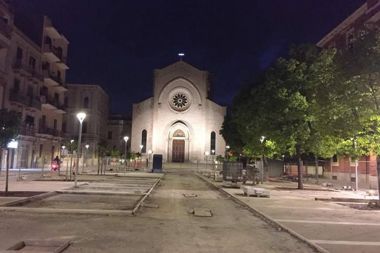 La piazza del Redentore illuminata di sera