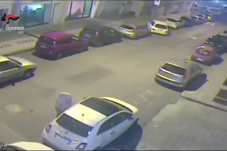 furti d auto putignano