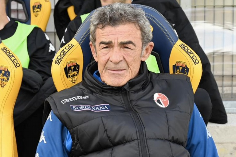 Serie C '20/21 • Girone C • 6ª g.: Monopoli-Bari 0-0 Gaetano_auteri(5)