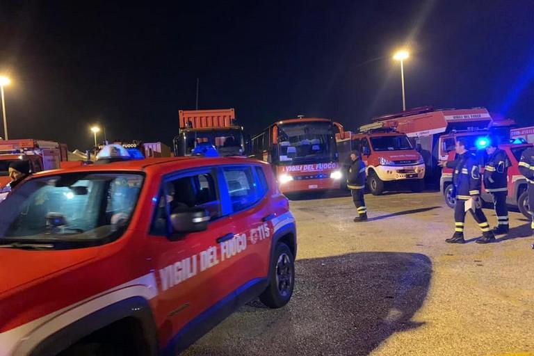 I mezzi e gli uomini in partenza dalla Puglia
