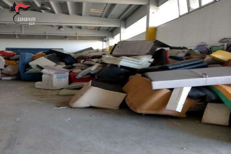 I rifiuti trovati dai carabinieri