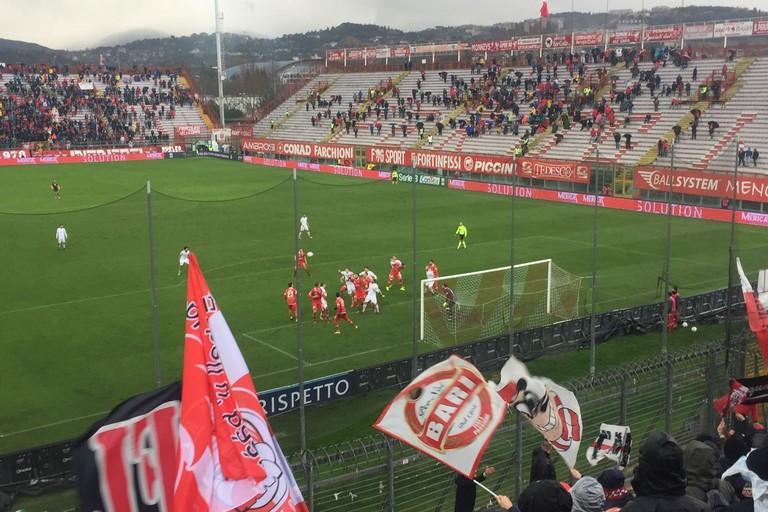 Il gol di Galano dal settore ospiti. <span>Foto Riccardo Latorre</span>