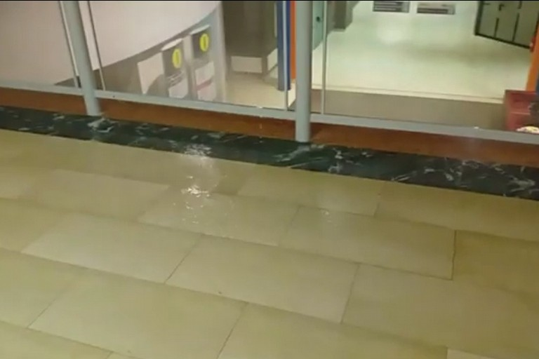 Pioggia nell'ospedale della murgia