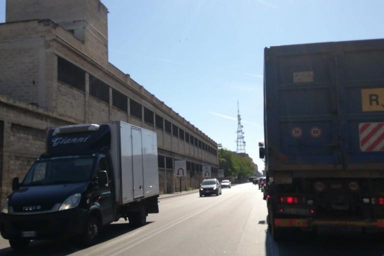 Il traffico su via Napoli oggi