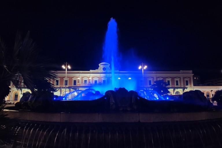 Giornata dei diritti dell'infanzia, i monumenti di Bari si illuminano di blu