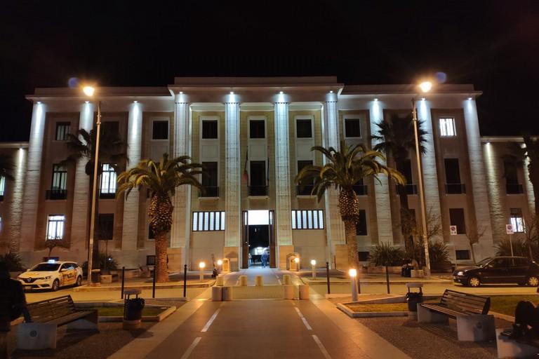 Il Policlinico di Bari in notturna