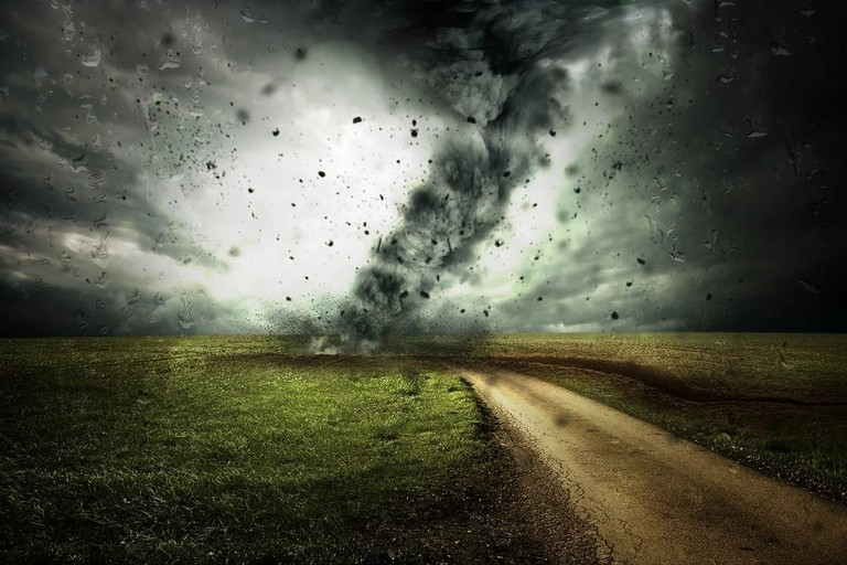 Una tempesta