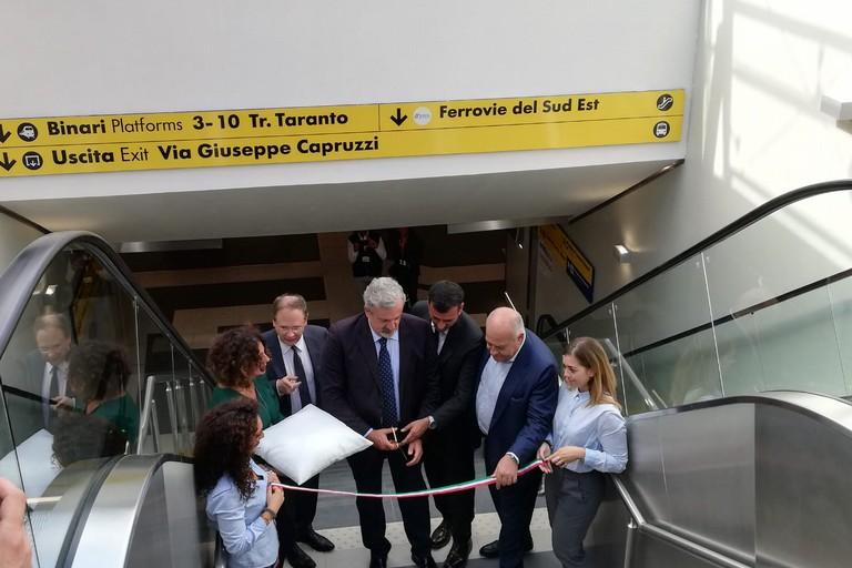 inaugurazione sottopassaggio giallo bari centrale