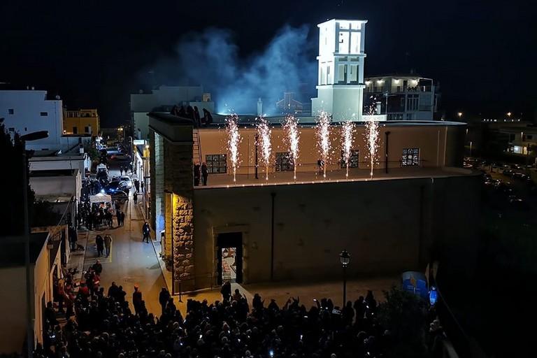 Linaugurazione del campanile a Torre a Mare