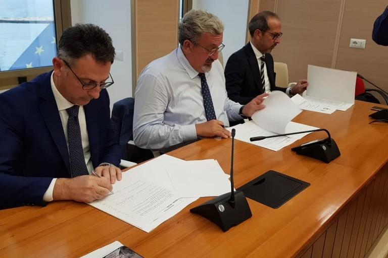 La firma del protocollo per il Fallacara
