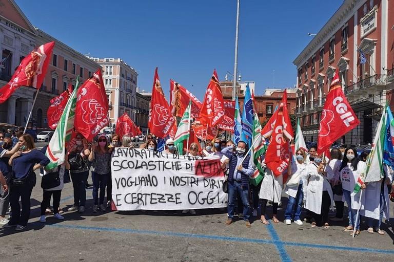 La manifestazione a Bari