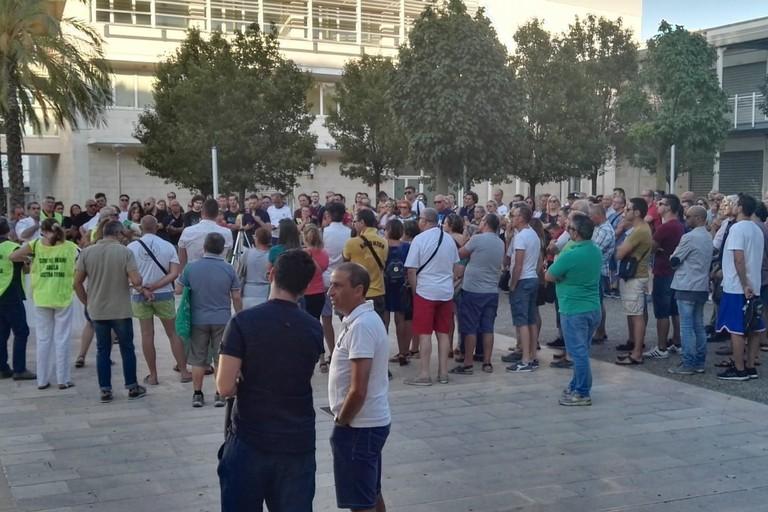 La manifestazione in piazza Europa