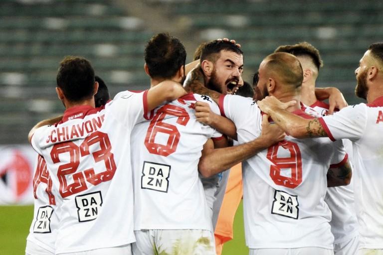la squadra biancorossa. <span>Foto Ssc Bari</span>